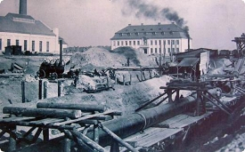 Stavba vodárny.