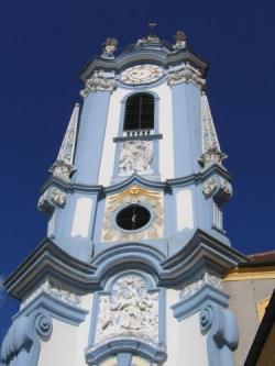 Věž kostela v Dürnsteinu.