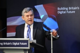 Gordon Brown má sen o celoplošném superrychlém internetu.