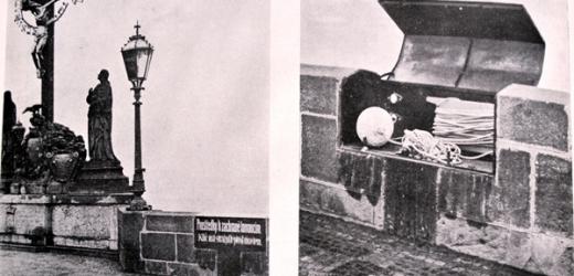 """Karlův most v dubnu 1911 a bedna s nápisem: """"Prostředky k záchraně tonoucím. Klíč má strážný před mostem."""""""