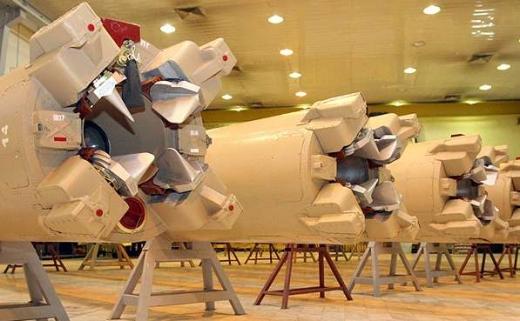 Z výroby nových balistických raket Íránu.
