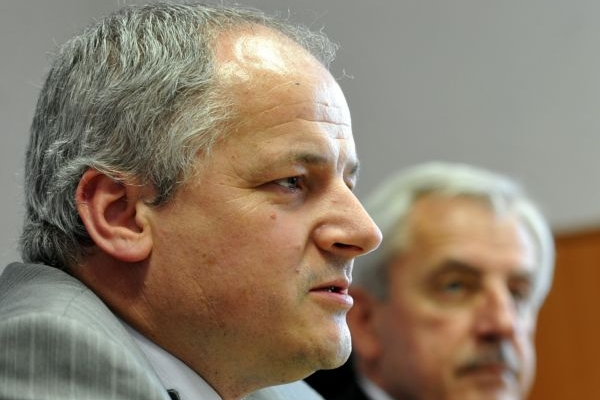 Profesor Roman Prymula je ředitelem Fakultní nemocnice v Hradci Králové.