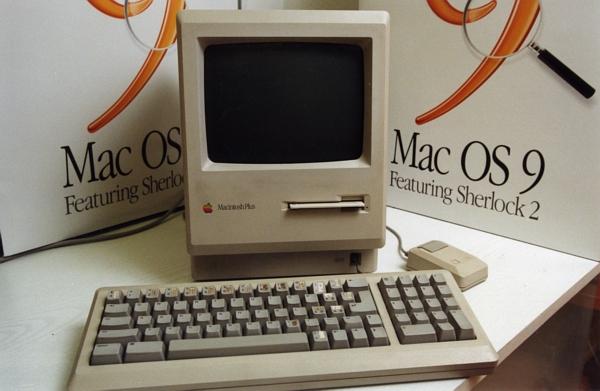 Počítač Macintosh.