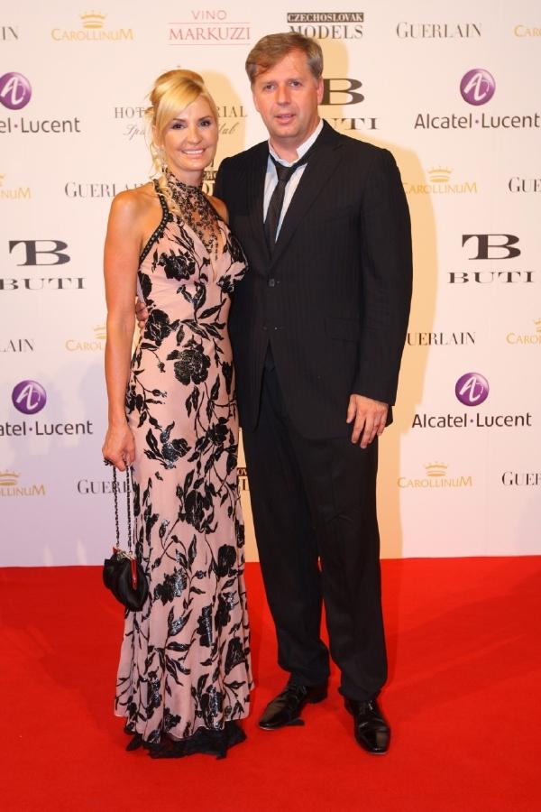 Petr Bendl s již bývalou manželkou.