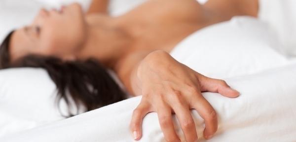 dosažení ženského orgasmu