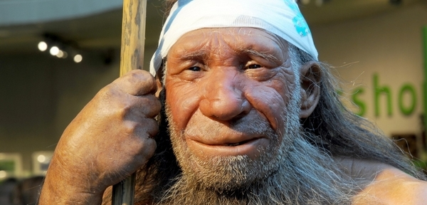 198760b4ee1 Neandertálci uměli používat barvy dávno před našimi předky