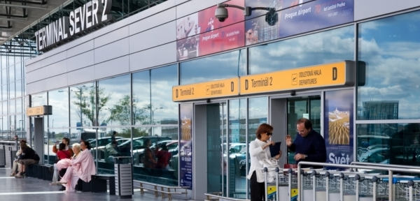 ff2f5c4c13 Obchody na letišti v Ruzyni jsou nejdražší v celé Evropě
