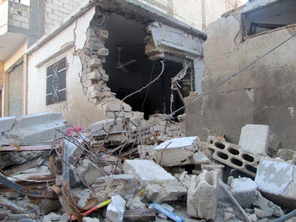 Ráno po klidné noci opět začaly armádní jednotky znovu Bábá Amr ostřelovat z děl.
