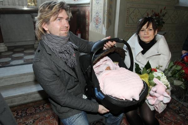 Petr Čadek, Jitka Čvančarová a malá Emílie.