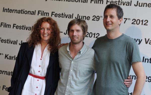 Režisér Martin Lund (uprostřed) vyhrál hlavní cenu.