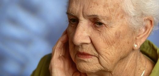V Česku rapidně přibývá lidí, kteří mají exekuci na důchod (ilustrační foto).