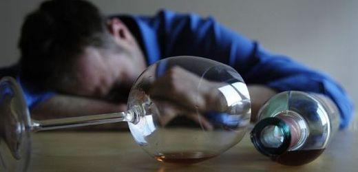 Psychiatři varují, že prohibice přinese ještě více otrav (ilustrační foto).