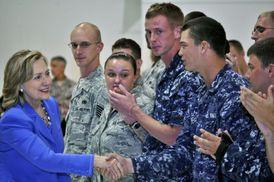 Šéfka americké diplomacie Clintonová je rozladěná z nevděku  Libyjců.