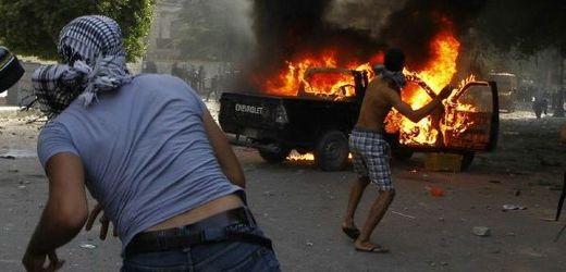 Protiamerická demonstrace v Egyptě.