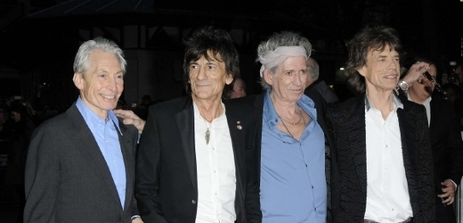 Nesmrtelní Rolling Stones: zleva Charlie Watts, Ronnie Wood, Keith Richards a Mick Jagger.