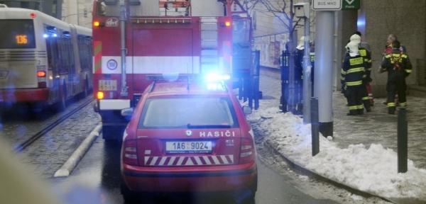 96072d0af0c V Týně nad Vltavou na Českobudějovicku v úterý ráno vyjížděli hasiči k  výbuchu a požáru bytu