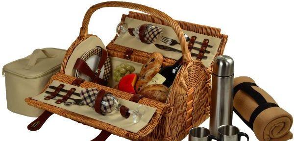 Piknikové koše jsou čím dál oblíbenější i jako svatební dar. ba6e9b05578