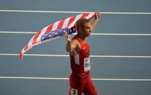 Osmistovkař Nick Symmonds.