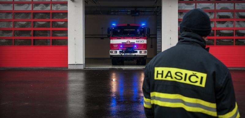 18190ffa237 Požár v Kozí ulici hasily tři desítky hasičů