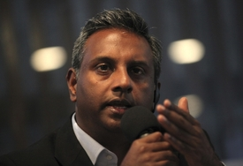 Generální tajemník Amnesty International Salil Shetty.