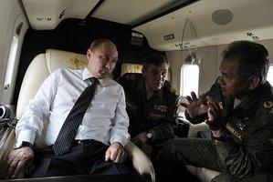 Prezident Putiun a jeho ministr obrany Šojgu.