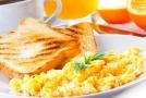Češi snídají, ale nezdravě (ilustrační foto).