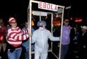 Hitem letošního Halloweenu byl virus eboly.