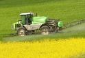Mezinárodní agentura pro výzkum rakoviny zařadila nově na seznam karcinogenních látek pět pesticidů.
