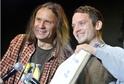 Zakladatel festivalu Martin Věchet (vlevo) s hvězdou loňského ročníku Elijahem Woodem.