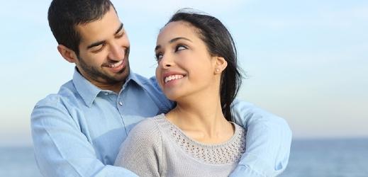 Hovoří o mimomanželském sexu v Egyptě. Zbičujte ji! (TÝDEN.cz)