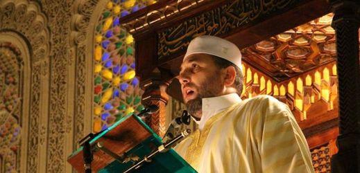 Francie proti teroru: radikály vyhostí a stovku mešit zavře (TÝDEN.cz)