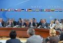 NATO na mimořádném jednání v Bruselu jednoznačné odsoudilo terorismus.