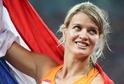 Dafne Schippersová - běloška, která porazila tmavé sprinterky.