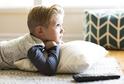 Až dvě třetiny dětí trávily volný čas před televizními obr