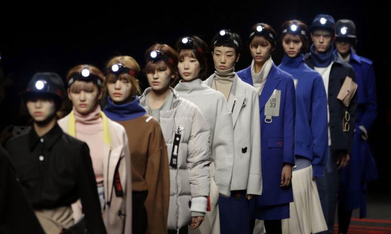 Soul vyhledávají světové módní společnosti jako je Chanel či Christian Dior. aea4102f03c