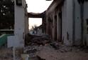 Trosky nemocnice v Kunduzu.