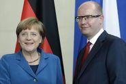 Bourají plány Merkelové. V Praze hrozí vzpoura, píší Němci