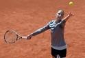 Loni se na každou výhru nadřela, nakonec ale slavila titul. Letos procházela tenistka Karolína Plíšková pražským turnajem WTA hladce, jenže v semifinále nestačila na krajanku Lucii Šafářovou. Na prohraném semifinále si ale našla i pozitiva.