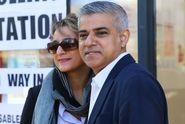 Starostou Londýna je poprvé muslim. Vyhrál volby