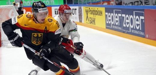 Němečtí hokejisté porazili USA 3:2 a předskočili svého soupeře na třetí příčce ve Skupině B.