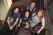 Smrt přímo na pódiu! Bubeníkovi kapely Megadeth už nebylo pomoci