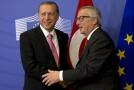 Turecký prezident Recep Tayyip Erdoğan (vlevo) a předseda Evropské komise Jean-Claude Juncker.