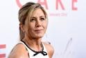 Jennifer Aniston postihla velká ztráta, zemřela její milovaná maminka Nancy Dow.