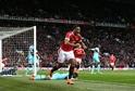 Anthony Martial, Manchester United20 let, FrancieKdyž za něj Manchester United loni vysázel neuvěřitelných 50 milionů eur, všichni si klepali na čelo. Nejpředraženější přestup léta, hlásaly titulky. Francouz kritikům bez jakýchkoliv emocí zavřel ústa na hřišti. S osmnácti góly se mohl směle rovnat s největšími hvězdami slavného klubu.