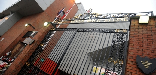 Stadion Liverpoolu - Anfield Road.