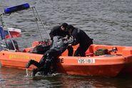 Pětice lidí si chtěla zaplavat ve Vltavě, jeden muž se utopil