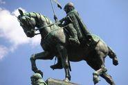 Obrácená historie. Nový pohled na padouchy a hrdiny dějin