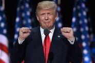 Trump drtí Clintonovou. Projev mu přinesl mnoho stoupenců