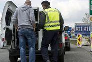 Úřady rozbily síť převaděčů. Čečenci pašovali migranty do EU