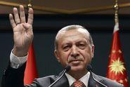 Erdogan žádá kontrolu prezidenta nad armádou i rozvědkou